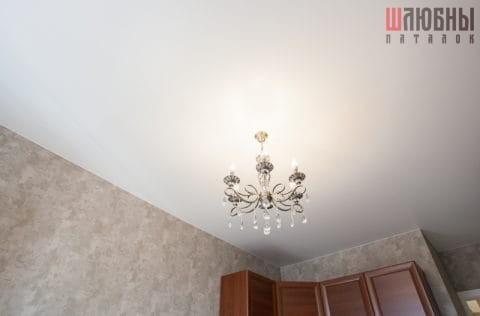 Сатиновый потолок в спальню
